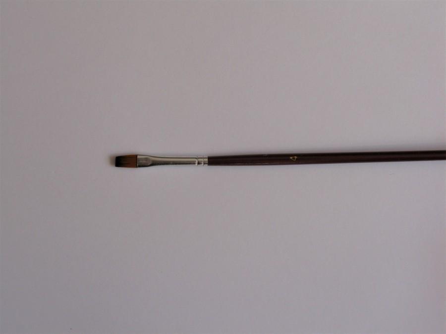 Кисть плоская № 4 коричневая