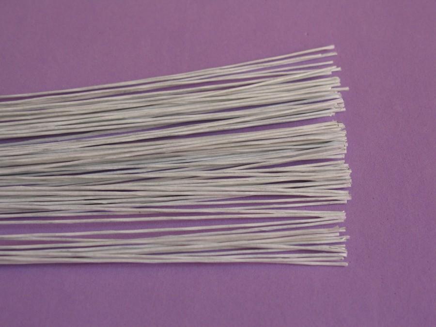 Проволока для цветов d 0.4 мм. в обмотке белая ( 30 см)