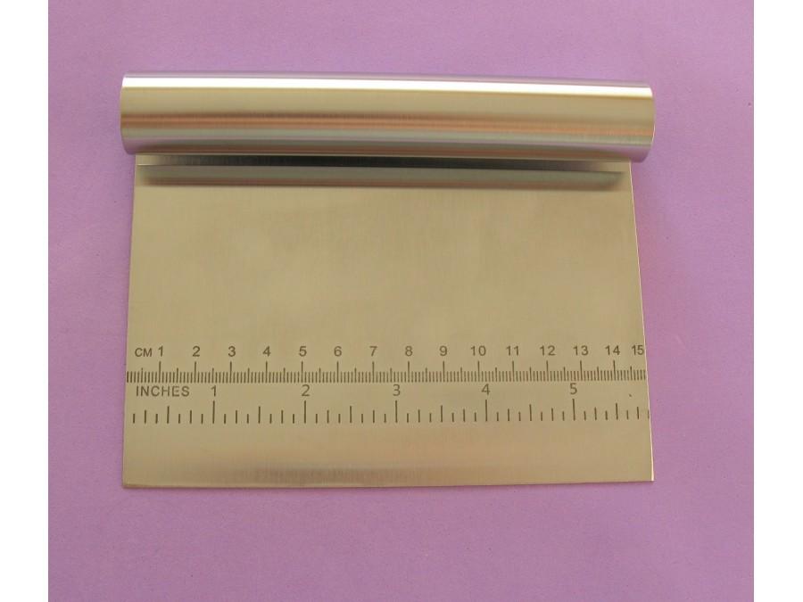 Кондитерский шпатель металлический с линейкой 15 х 12 см