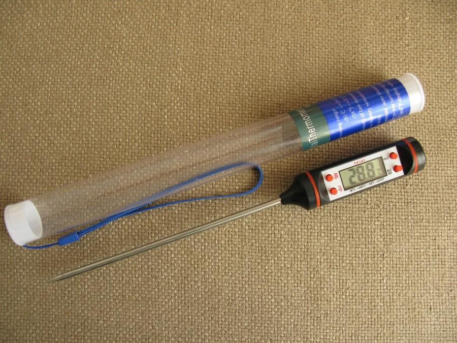 Термометр кулинарный электронный с щупом (в защитной колбе)