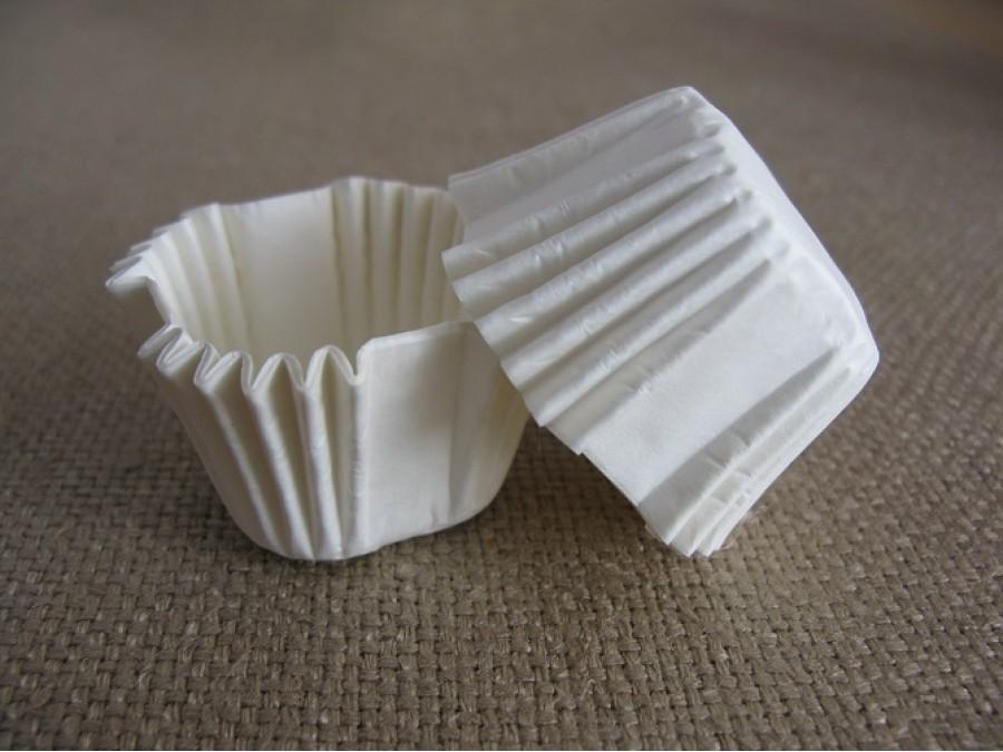 Бумажная формочка для конфет Квадратная белая 30х30, 50 шт