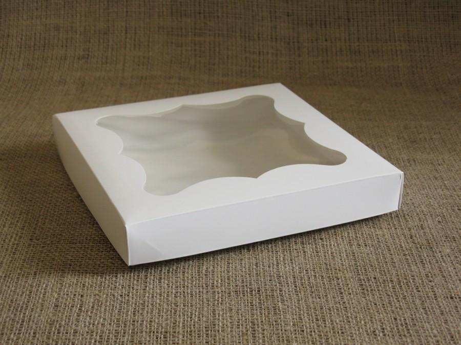 Коробка для пряников/печенья, 20х20х3 см  Белая фигурное окошко, крышка+дно