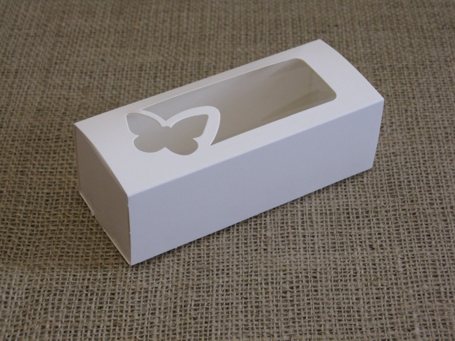 Коробка для макаронс 14х5,5х4,5см Белая окно Бабочка